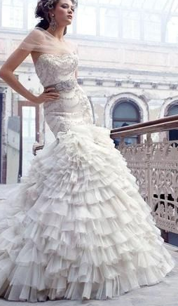 Lazaro. This is my dream dress I've wanted for two years...sooooo gorgeous!